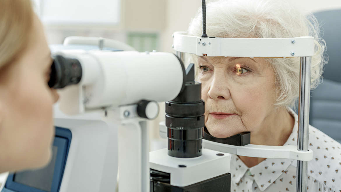 Eye Care Tips for People Suffering From Cataracts in West Palm Beach